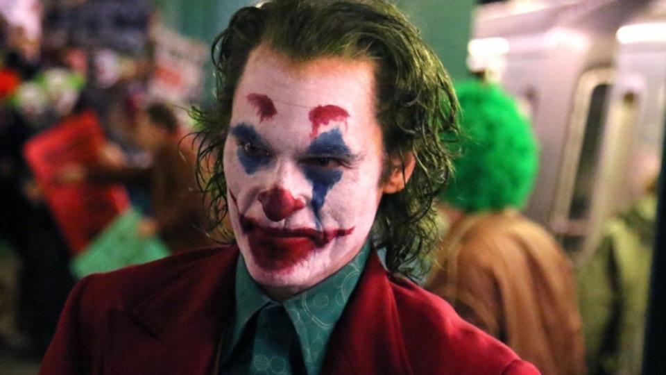 Хоакин Феникс в образе Джокера на съемках
