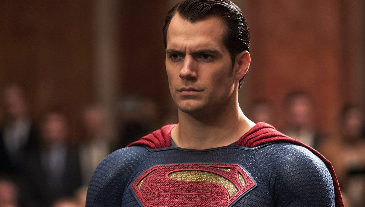 Генри Кавилл в образе Супермена