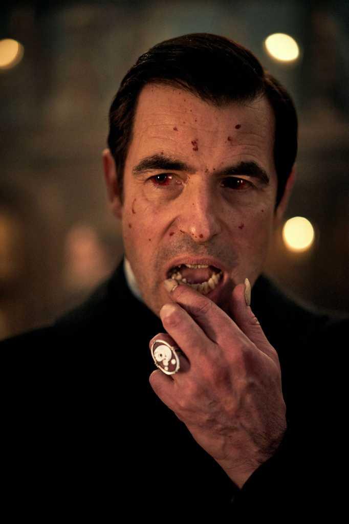 Создатели «Шерлока» представили нового Дракулу